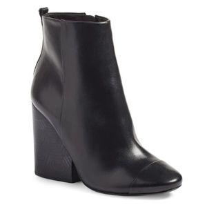 Tory Burch black leather Grove block heel booties!